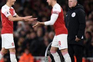'Mánh' thay người để câu giờ sắp bị chặn đứng ở giải ngoại hạng Anh