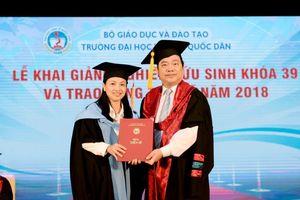 Trường Đại học Kinh tế Quốc dân trao bằng cho 87 tân Tiến sĩ năm 2018
