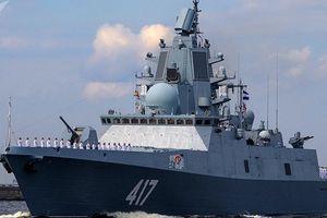 Tàu khu trục Đô đốc Gorshkov thị uy sức mạnh