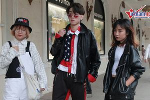 Những trang phục 'độc' khó tin giá trăm triệu của 'Rick kids' trên phố HN