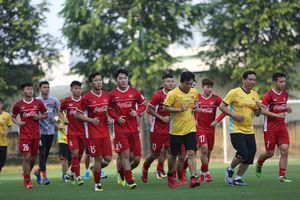 Vào chung kết AFF Cup, tuyển Việt Nam tập thông tới Asian Cup
