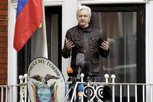 Nhà sáng lập WikiLeaks nêu điều kiện ra đầu thú