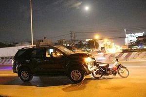 Ô tô 'điên' gây tai nạn liên hoàn, ít nhất 5 người nhập viện