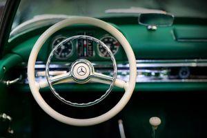 Nội thất xe hơi thay đổi như thế nào trong gần 100 năm qua?