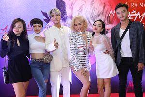 Mặc lịch trình bận rộn, thầy trò team Tóc Tiên vẫn hội ngộ, cổ vũ cho MV debut của Avin Lu