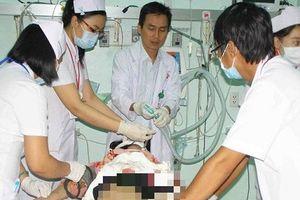 TP.HCM: Bị cướp giật, 2 cô gái ngã xe, 1 người tử vong
