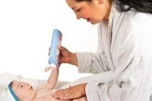 Mẹo phòng và điều trị eczema cho trẻ vào mùa đông