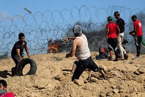 Israel bắn đạn thật về phía người biểu tình Palestine