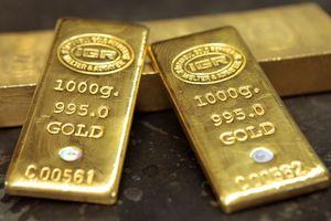 Giá vàng hôm nay ngày 27/10: Vàng trong nước ngược chiều thế giới