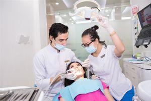 Làm gì khi răng bị ố vàng?