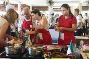 Ngày hội vào bếp của những gia đình ngoại giao