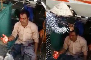Người đàn ông gặt lúa thuê bị đánh rách toác da đầu
