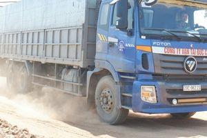 Né trạm Bắc Thăng Long - Nội Bài, Tỉnh lộ 35 bị xe tải cày nát