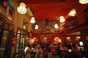 Quán cà phê mang dáng dấp quyến rũ của Sài Gòn xưa
