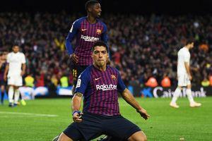 Suarez ghi hat-trick, Barca thắng 5-1 trước Real