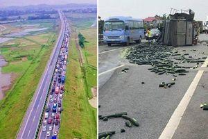 Xe tải tông đuôi xe khách trên cao tốc Nội Bài - Lào Cai: Ùn tắc gần 20km
