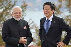 Thủ tướng Nhật Bản - Ấn Độ dùng bữa trưa gần núi Phú Sĩ