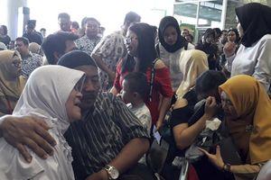 Thông tin mới nhất vụ máy bay chở khách lao xuống biển ở Indonesia