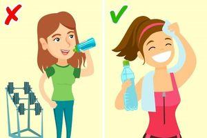 Nước ấm, nước lạnh: Uống thời điểm nào cho thích hợp?