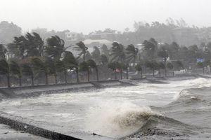Diễn biến mới nhất về bão Yutu, Philippines bắt đầu sơ tán dân