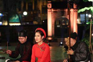 Hà Nội chiêu đãi các nghệ sĩ điện ảnh bằng văn hóa truyền thống