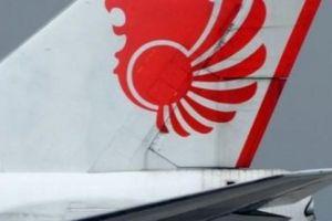 Máy bay Indonesia chở 189 người rơi xuống biển