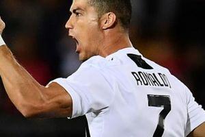 CĐV Real Madrid đã nói gì khi nhìn Ronaldo cứu rỗi Juventus?