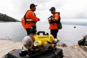 Indonesia đã xác định vị trí mảnh vỡ máy bay rơi xuống biển