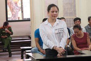 Lĩnh 12 năm tù vì 'chém gió' có quan hệ rộng để lừa đảo
