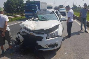 Tai nạn trên cao tốc Hà Nội- Thái Nguyên khiến 2 người bị thương