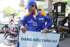 Xăng dầu góp phần đẩy CPI tháng 10 tăng mạnh