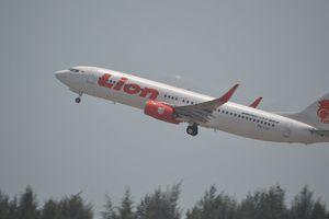 Indonesia: Máy bay rơi xuống biển sau khi cất cánh 13 phút