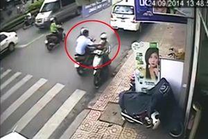 Tạm giữ hai nghi can cướp giật trên cầu Thủ Thiêm khiến hai cô gái thương vong