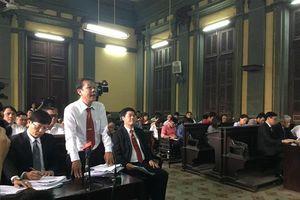 Tạm dừng phiên tòa Vinasun kiện Grab để thu thập thêm chứng cứ