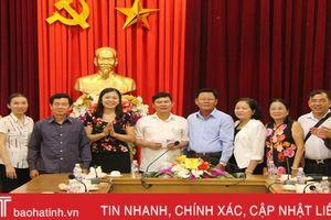 Trao 120 triệu đồng làm 'Mái ấm tình thương' cho gia đình chính sách ở Nghi Xuân