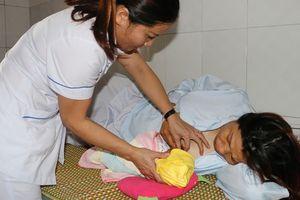Bệnh viện huyện cứu sống thai nhi bị sa dây rốn, suy thai cấp hiếm gặp