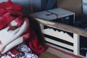 Phát hiện thi thể người phụ nữ bị trùm kín chăn trong ngôi nhà đang xây