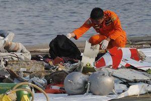 Vụ rơi máy bay Boeing 737 ở Indonesia: Xác định được vị trí 2 hộp đen, dự báo không có người sống sót