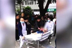 14 trẻ mầm non bị đâm dao ngay tại trường ở Trung Quốc