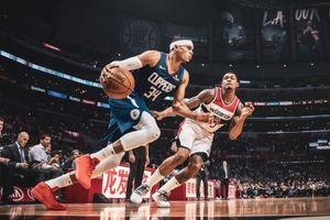 Clippers tiếp tục đè nát một Wizards 'tí hon' với chiến thắng cách biệt