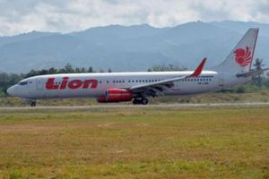 Rơi máy bay tại Indonesia