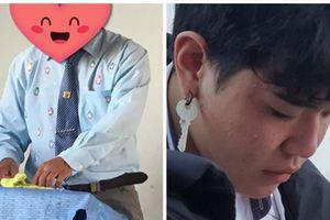 Thời trang giảng đường: Học sinh dùng khóa làm hoa tai nhưng 'trend' của thầy giáo mới khiến bạn giật mình