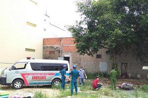 Bình Tân- TP.HCM: Phát hiện thi thể một nam giới chết giữa bãi đất trống