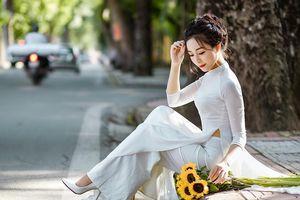 'Thu Hà Nội yêu' - bộ ảnh đốn tim cộng đồng của cô giáo mầm non 9X