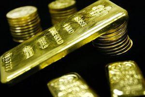Vàng miếng và USD tự do cùng chững giá