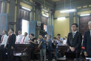 Vụ Vinasun kiện Grab: Tòa hoãn tuyên án, yêu cầu kiểm tra lại chứng thư giám định thiệt hại