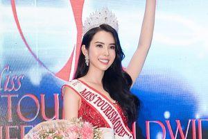 Huỳnh Vy đăng quang 'Hoa hậu Du lịch Thế giới 2018', đoạt 4 giải thưởng phụ