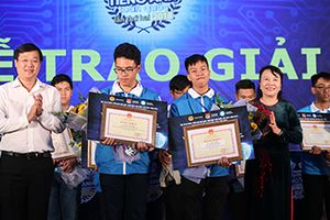 Nam sinh Học viện An ninh giành giải Nhất Olympic tiếng Anh sinh viên toàn quốc