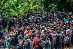 Kinh hoàng 'cơn bão người'thứ hai tiếp tục ập vào Mexico