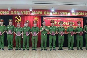 Công an Hà Nội: 139 học viên được trao bằng tốt nghiệp đại học